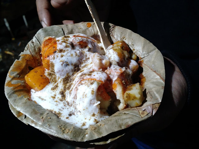 Spicy dahi aaloo chaat
