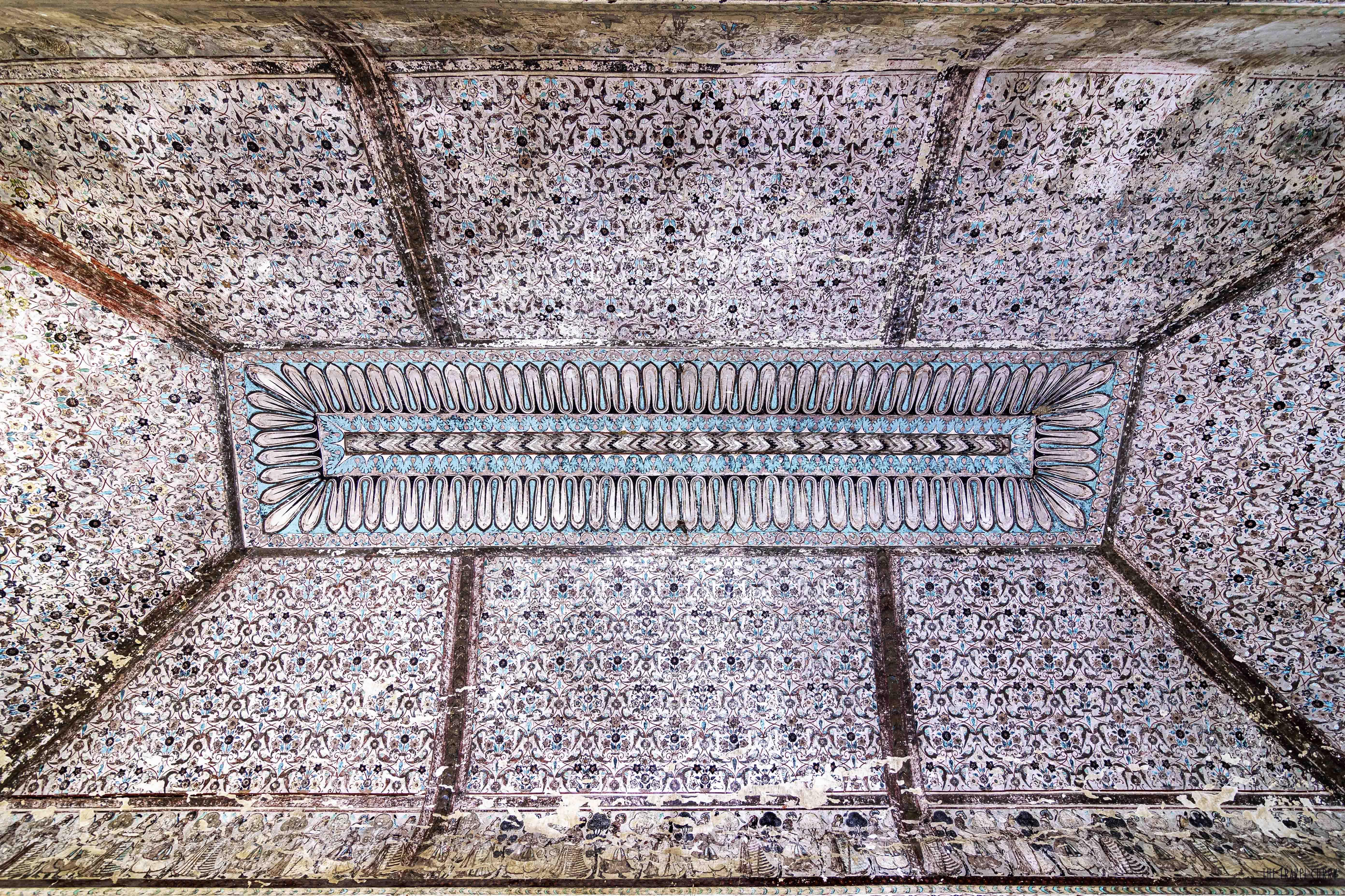 Raja Mahal ceiling at Orchha Fort