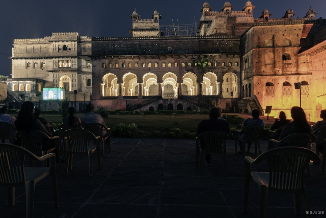 The light and sound show at Orchha Fort