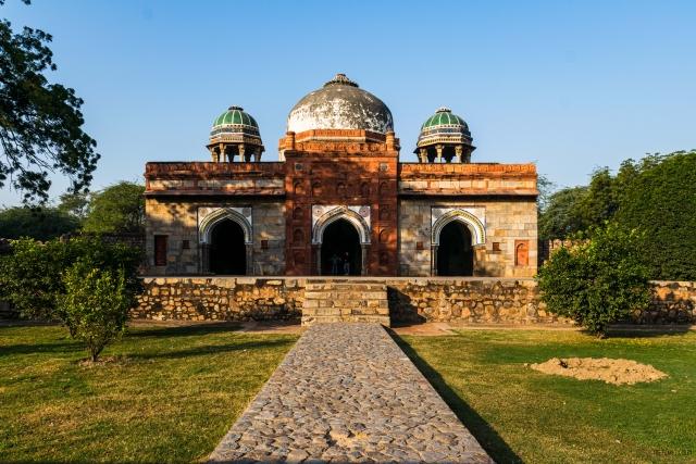 Isa Khan's Mosque